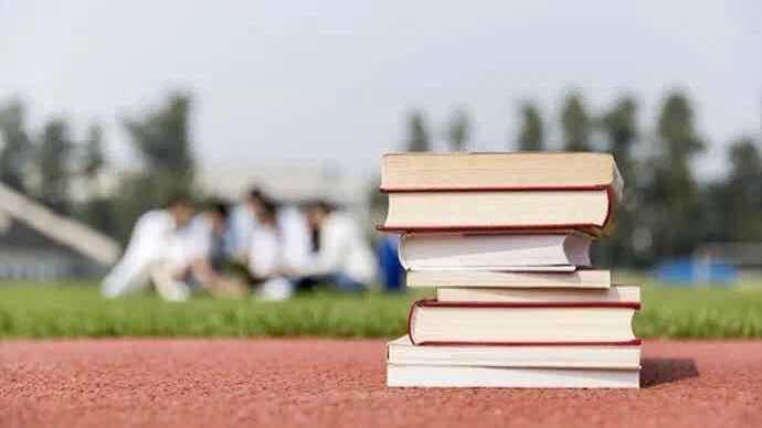 马秀珍委员:建议明确中学性教育课时安排
